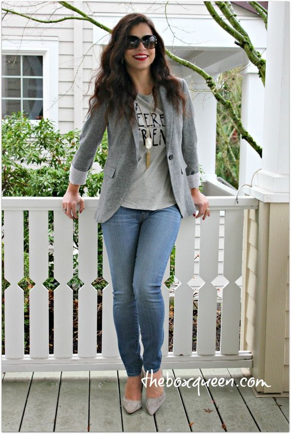 How to Put Together A Casual Blazer Outfit • The perfect look for casual Fridays!