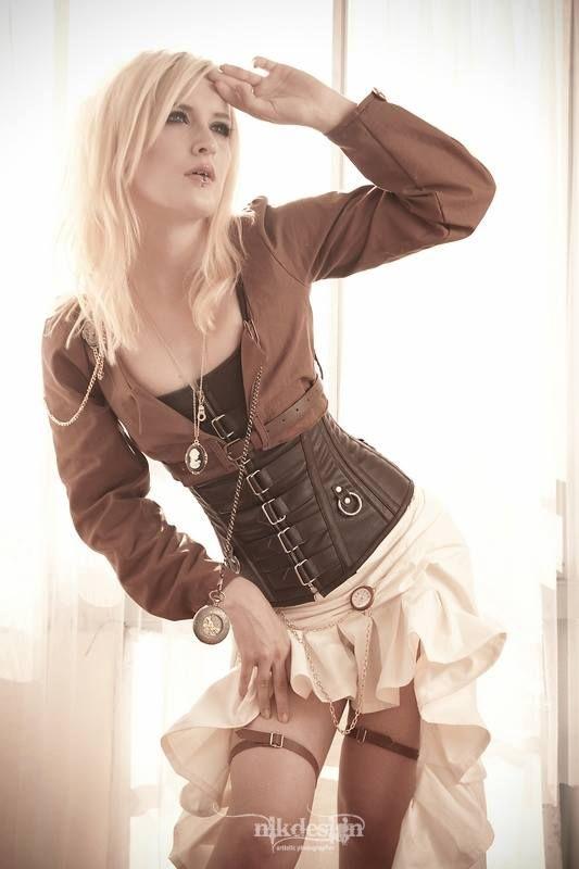 Artists on Steampunk Tendencies Swedish steampunk Lady : Emma Dirnberger https://www.facebook.com/groups/steampunktendencies/