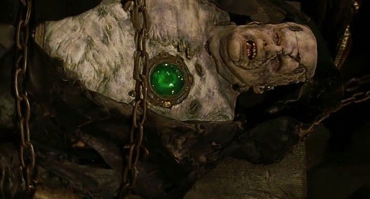 Shuler Hensley as Frankenstein's Monster in the movie Van ...