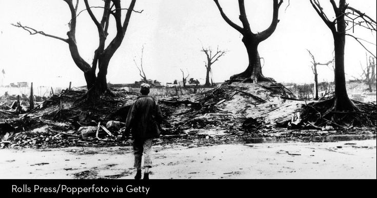 How six survivors experienced the atomic bomb and its aftermath.