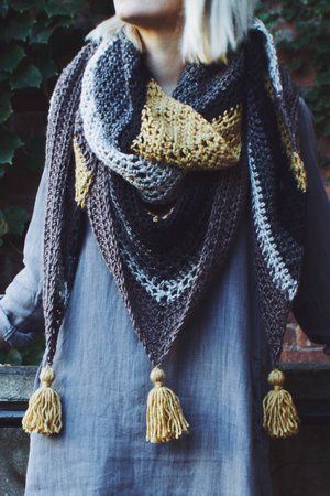 Tea House Wrap by Two of Wands // Free Crochet Pattern // Triangle Scarf Tassel Shawl Wrap