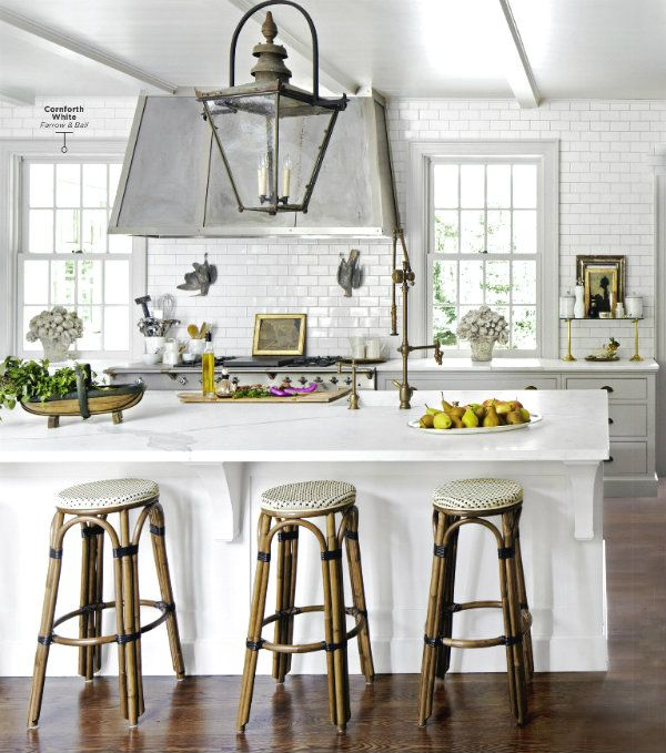 I just love this European style of chairs and bar stools! I'm on the hunt for 4 classic French bistro chairs for my kitchen nook, so I've been looking at inspiration pics to help me decide what color would be best.