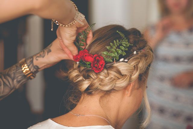 A laidback and DIY infused indie autumn backyard wedding in California   Hannah Kate Photography
