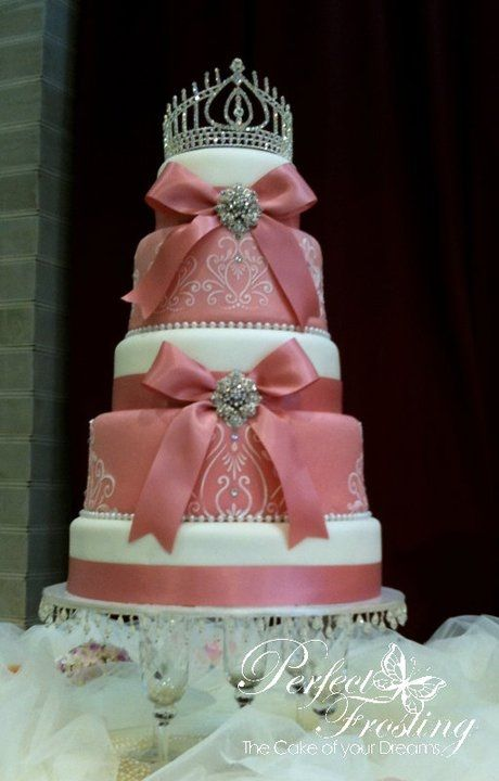 Pink Royal Wedding Cake would be great for a princess party (on a smaller scale)