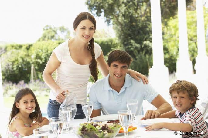 O dia dos pais está chegando e, para comemorar a data, nada melhor do que um delicioso almoço, nutritivo e saudável, que deixarão nossos eternos heróis satisfeitos e com muita saúde! Por isso, preparamos um cardápio completo, a partir de nossas receitas, para essa momento especial!