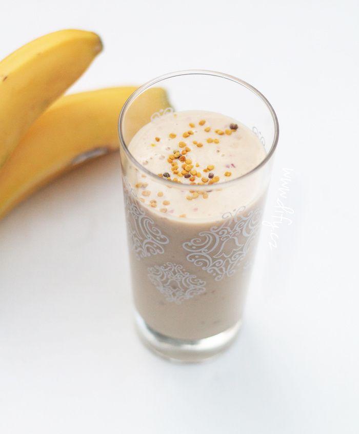 Banánovo broskvové kefírové smoothie se skořicí