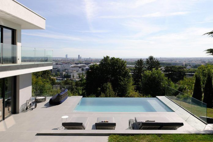 Stylish contemporary two-storey house designed by Claude Cartier Studio in Lyon - CAANdesign