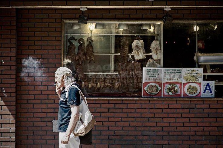Fumar mata.  #ChinaTown #NewYork #NY #NYC #Travel #StreetPhotography #TravelPhotography #Smoke #ChineseFood #MartinEpelde