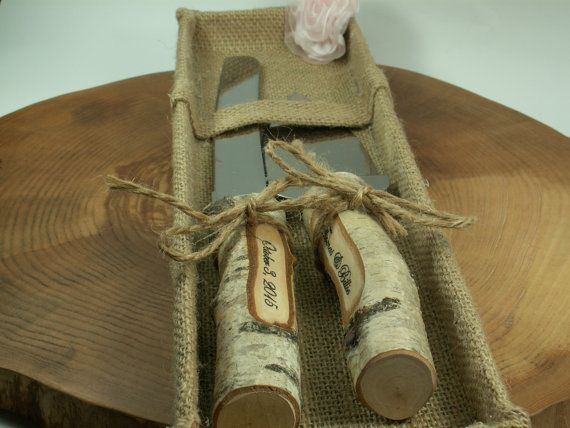 These rustic set of natural WOOD BIRCH cake knife handles .  The kit is made ​​entirely by hand.  These knives are jute handles cookies. Set