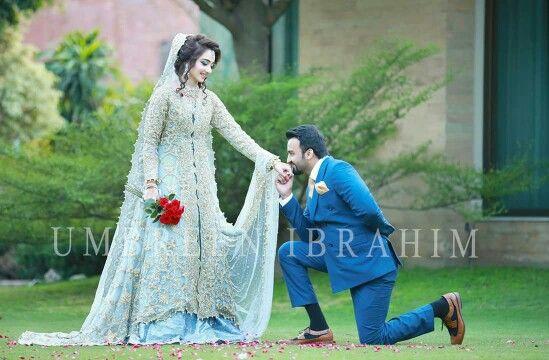Outdoor groom with bride proposing