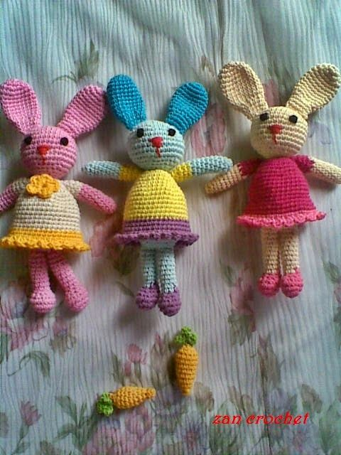 Bunny - Free Amigurumi Pattern here: http://zancrochet.blogspot.co.uk/2014/06/amigurumi-bunny-si-kelinci_19.html