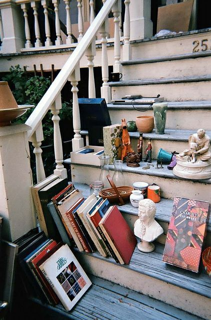 Books everywhere #homedecor #bookslover #organizer