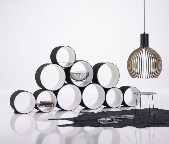 Room-Divider-by-FlexiTube-modular-shelving-of-Kißkalt-Designs