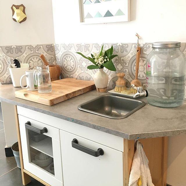 Montessori kitchen set up that is at child height. | Kitchen ...