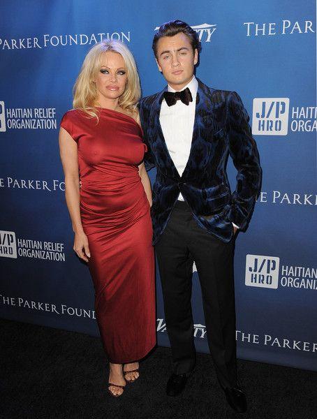 Pamela Anderson Photos - 5th Annual Sean Penn & Friends HELP HAITI HOME Gala Benefiting J/P Haitian Relief Organization - Arrivals - Zimbio