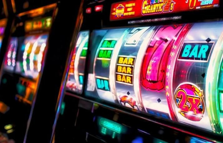 Бесплатные игры 888 казино автоматы casino roxy palace online