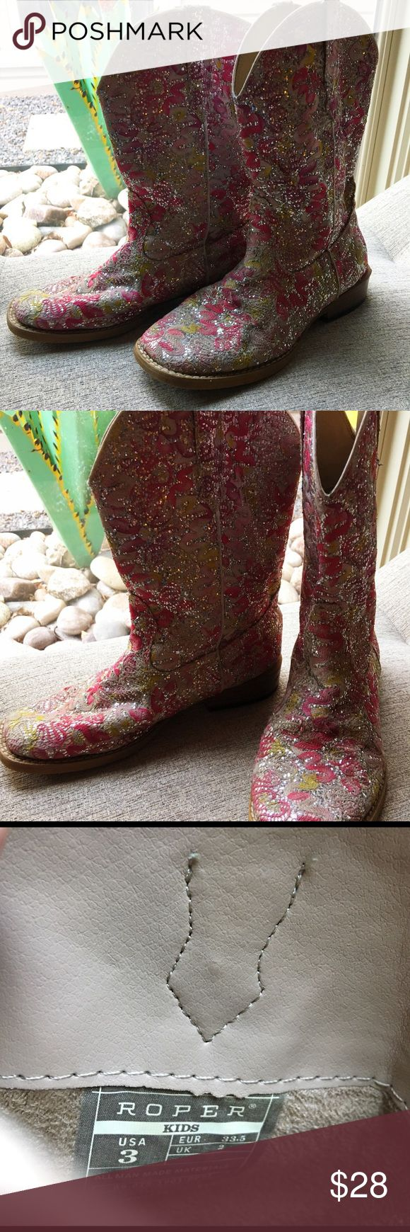 ROPER Girl's Sparkly Boots Adorable pink sparkly roper boots. Very Good condition and excellent inside as well. Bottom of one sole has little girl's handwriting on it, lol!  Remember those days ?   Love 💕 these little Ropers!  Sz 3 Roper Shoes Boots