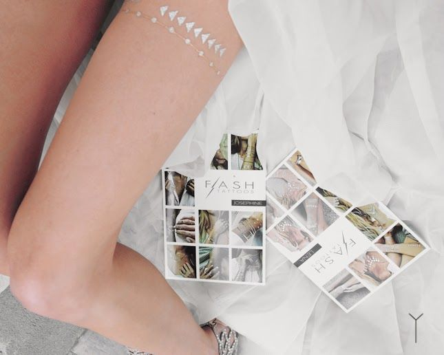 modern wedding garter, flash tattoo