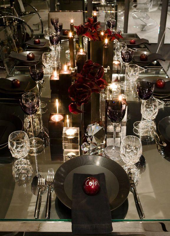 Romantic dinner setting deep red roses black scheme for Romantic dinner decoration ideas