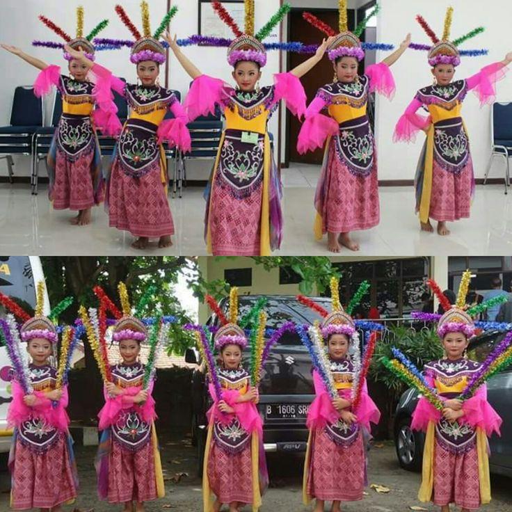 Kantor Wali Kota Jakarta Selatan Four square, Dance