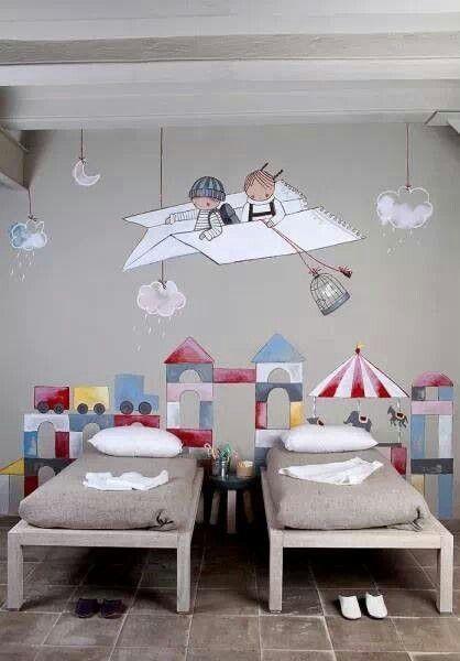 Decorare la camera dei bambini con fantasia