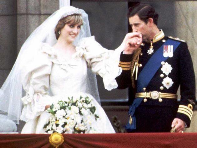 Prenses Diana Nin 30 Ikonik Fotografi Prenses Diana Prenses Diana