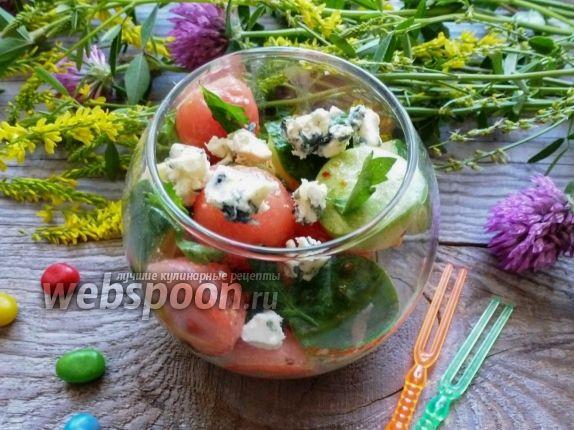 Салат из арбуза и огурца