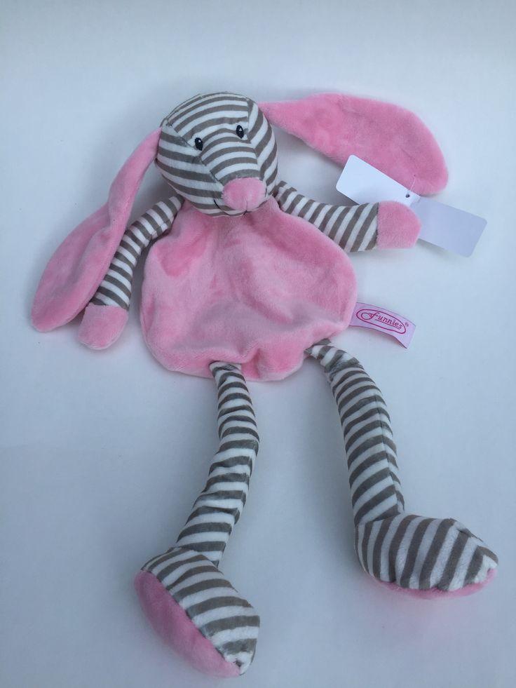 Tutpop #knuffel #pluche Kraamkado #kraamcadeau #baby #babykado #geboortekado #babykamer #babyshower op www.hummelkado.nl