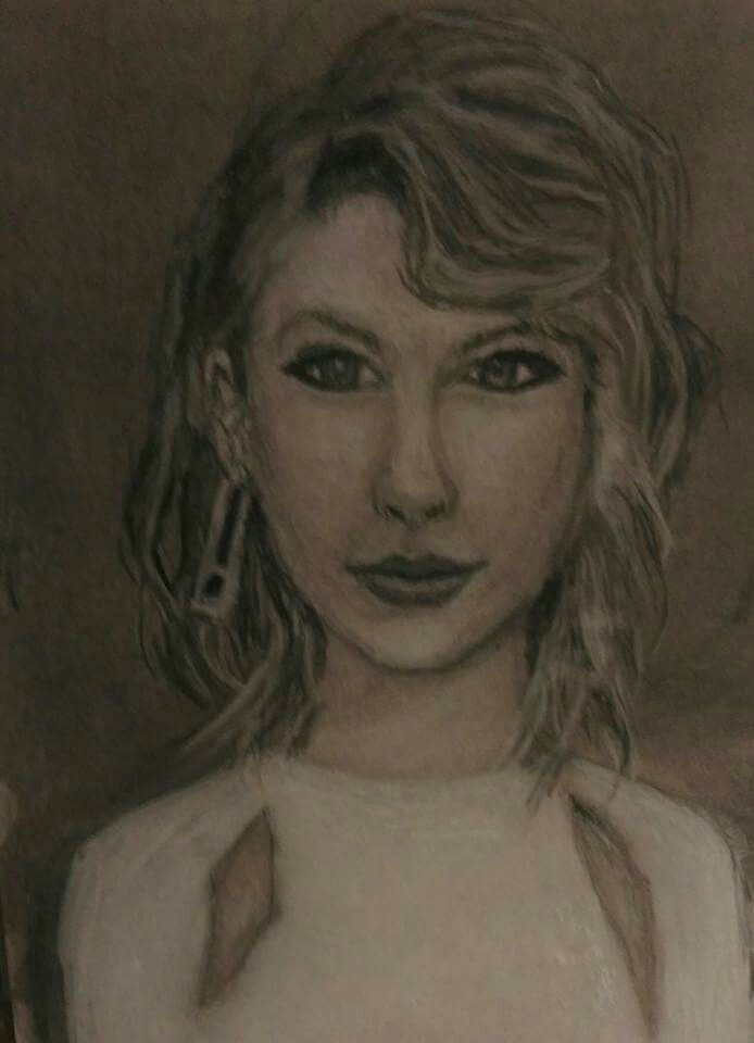 Taylor Swift -charcoal