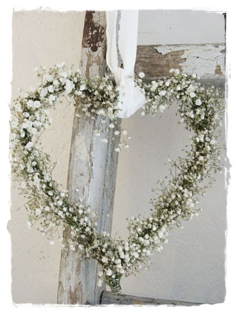 simple + gorgeous - Baby's breath heart wreath
