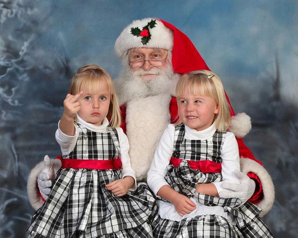 11 Adorable Pics of Kids Giving the Middle Finger to Christmas