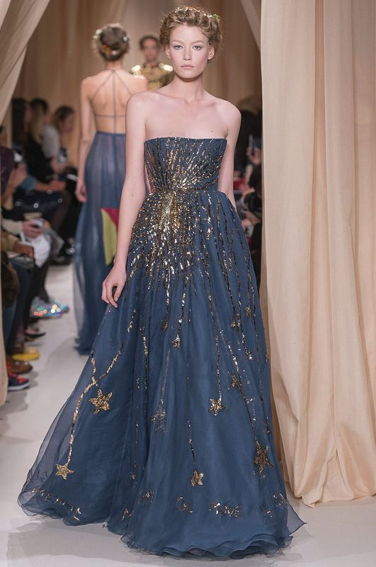 VALENTINO 2015SS Haute Couture Collection. See the full collection at: http://www.fashionsnap.com/collection/valentino/autocouture/2015ss-couture/