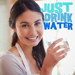BENEFICIOS DE BEBER AGUA. Just drink water.