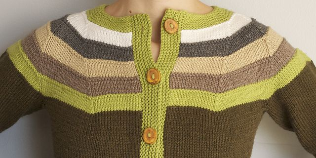 Christmas Gifts for Knitters: Right as Rainbow Knitting pattern