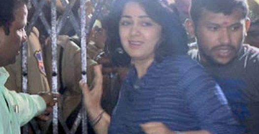 As scheduled, Charmme has attended Excise office at around 10 AM today. She went to the inquiry from Paisa Vasool shoot which is happening at a private hospital in Kondapur.Charmme came to o...