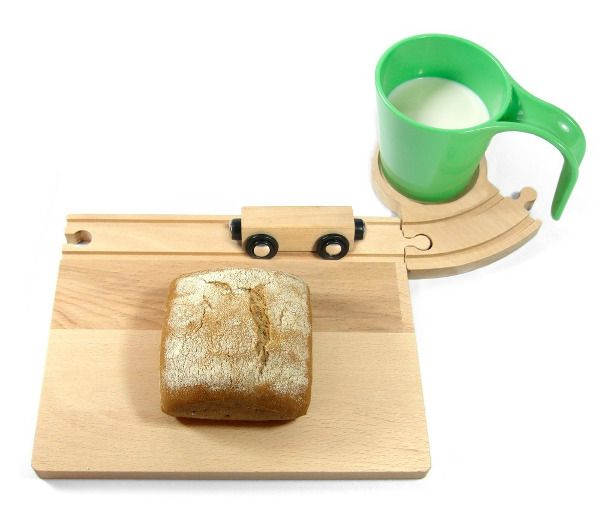 Holzbahn zum Frühstück