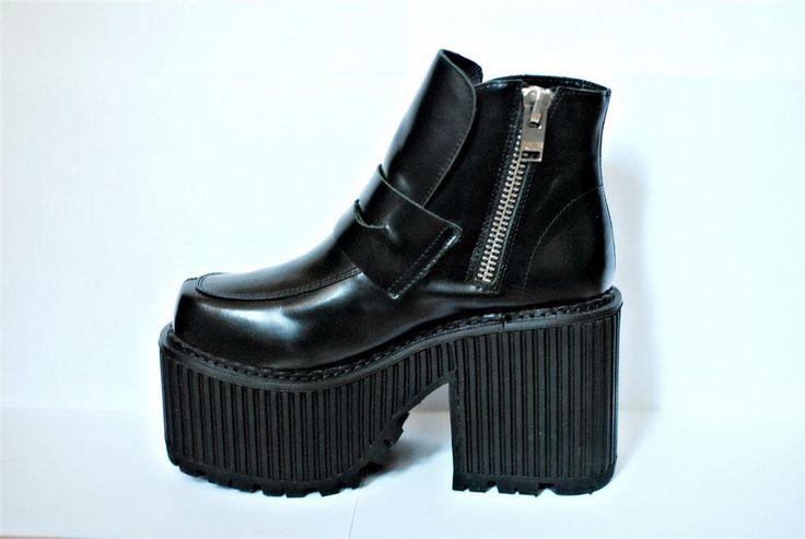 Annons på Tradera: Svarta platåskor, Unif Heathers Boot , storlek 38