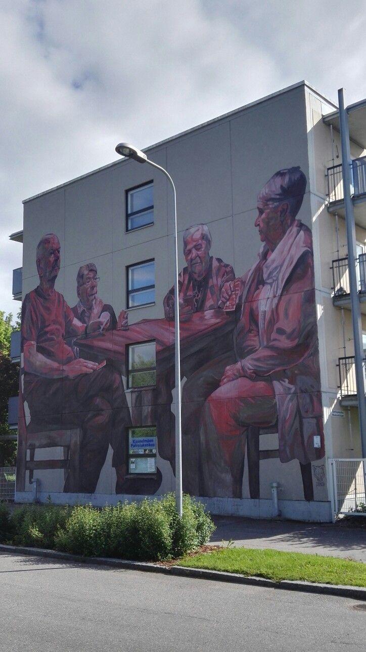 Urkopillintie 4, street art