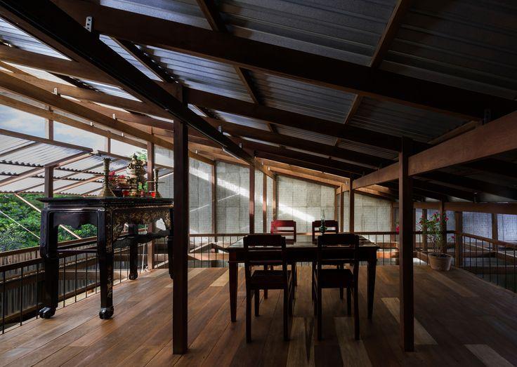 Gallery of House in Chau Doc / NISHIZAWAARCHITECTS - 5