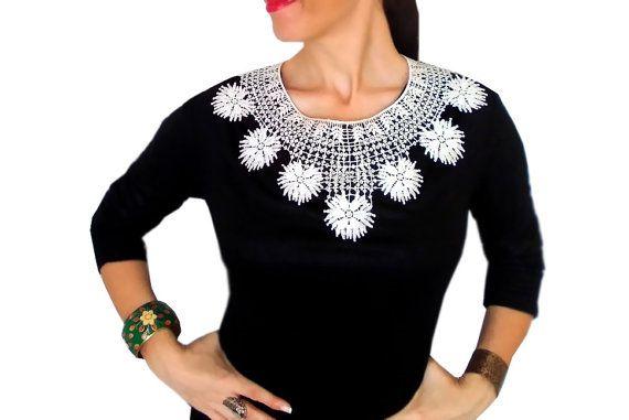 White Lace necklace Statement bib Gothic Fashion by HAREMDESIGN