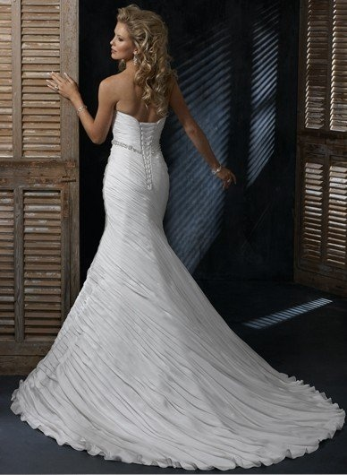 It's very beautiful Custom Made wedding couture! I want use it soon! >> affordable wedding dresses, discount wedding dresses, cheap wedding dresses --> www.luxeblue.com