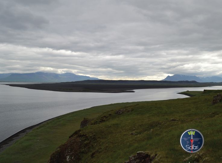#Iceland #travel #lake #landscape #holiday #2014. Click on safari.vive.com to check out more.