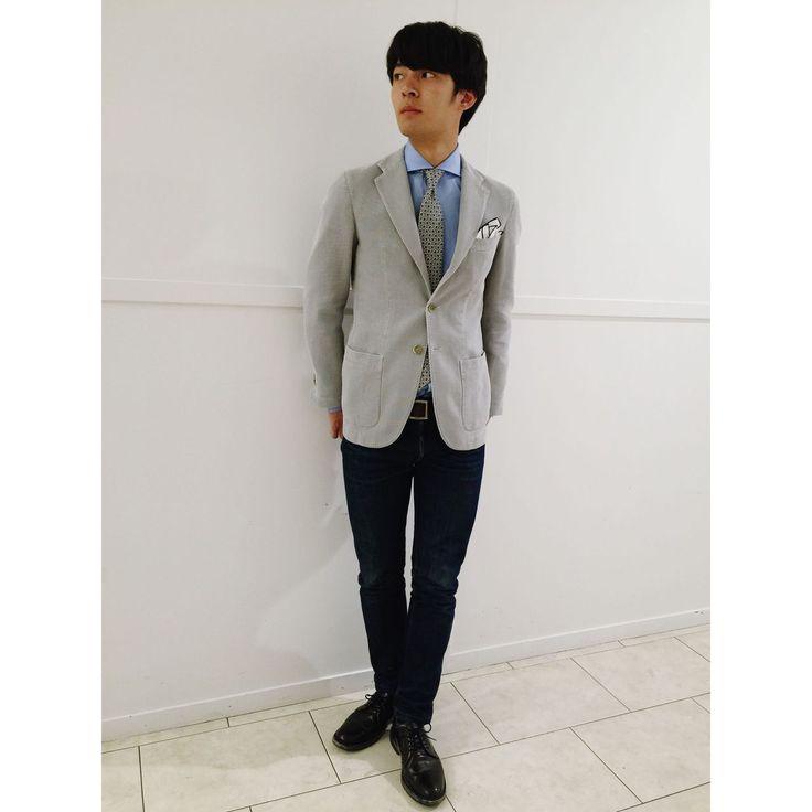 グレージャケット&36オンスタイ にブルーシャツ。爽やかスタイル! 鎌倉シャツコーデ