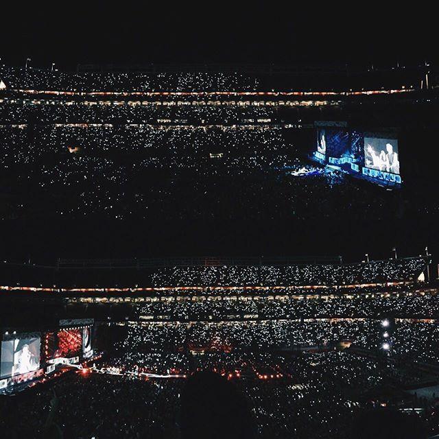 One Direction - Levi's Stadium - Santa Clara, CA on 7/11/2015 - 441 photos, pictures and videos on CrowdAlbum