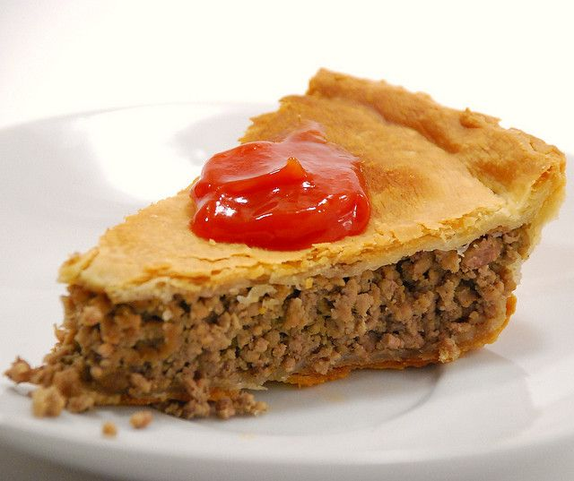 French Canadian Pork Pie With ketchup. The right way!