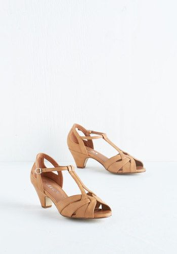Architectural Tour Heel in Tan. You love to show off the beauty of your hometown through the citys renowned architecture - and you do it in your own well-designed style with these tan heels from Chelsea Crew! #gold #prom #modcloth