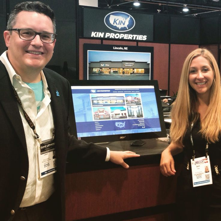 Visiting with creGROW Commercial Real Estate Website Client Beth Calay of Kin Properties, Inc. (Boca Raton, FL, http://www.kinproperties.com) at ICSC RECon in Las Vegas.