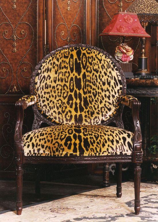 Leopard neoclassic fauteuil