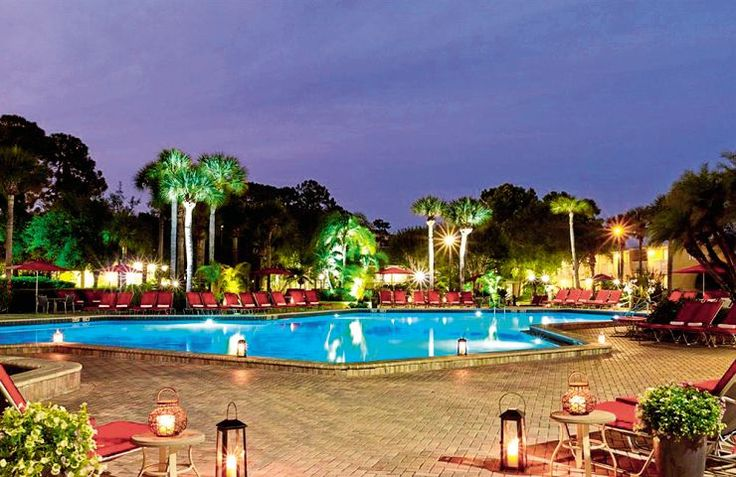 Is Florida your bucket list destination? Then click for the best deals to the Wyndham Orlando Resort in International Drive. This stunning 4* hotel is set in lush gardens and is close to all Florida's biggest theme parks, so don't worry it won't be long before you get to meet Mickey and Minnie.