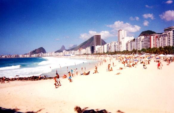 Minha primeira foto do Rio, em 2005. E não usei Lomo ou Instagram: é uma câmera descartável.